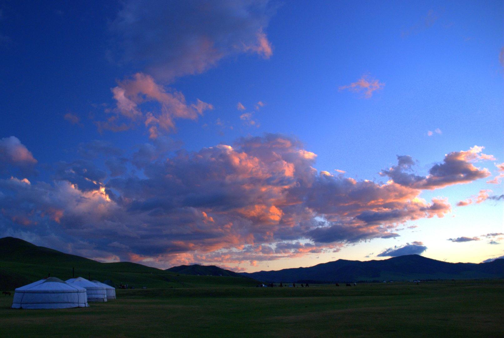 Mongolei-Reisen - Endlose Steppe