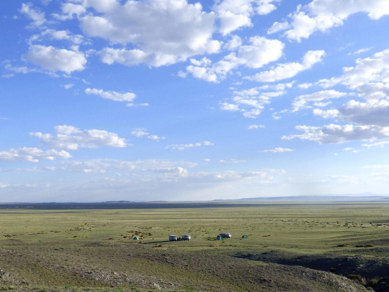 Einsamer Zeltplatz in der Wüste Gobi