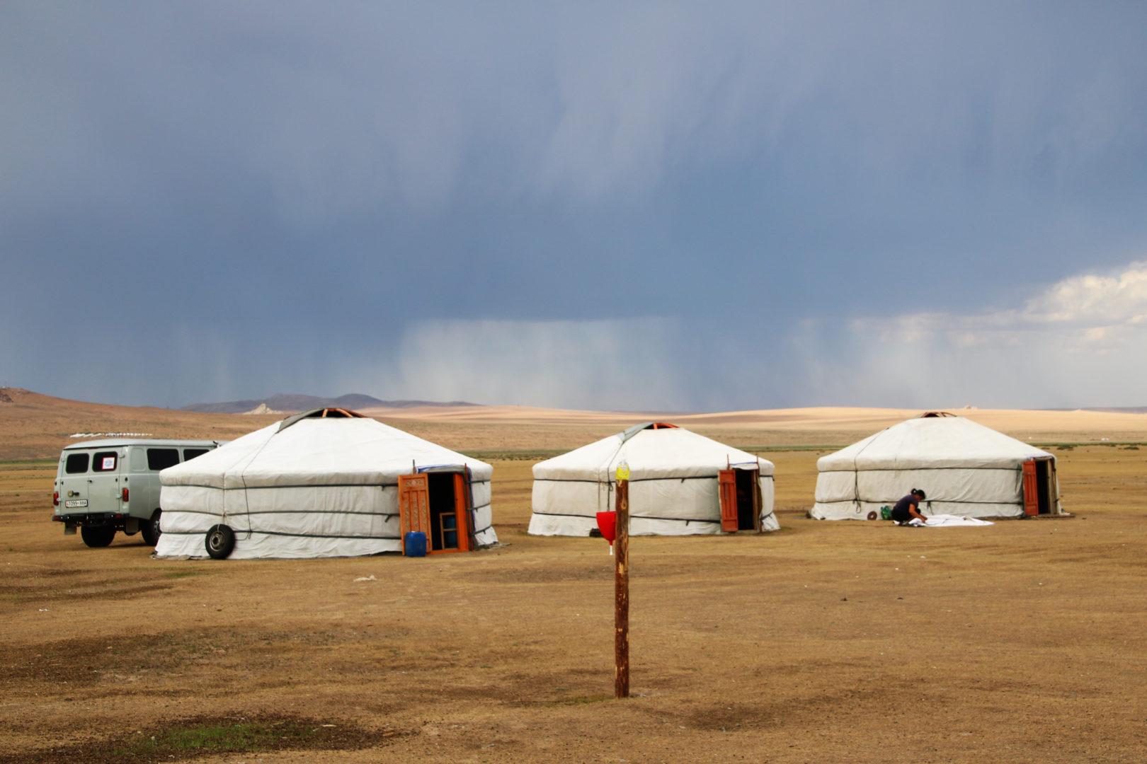 Jurtenübernachtung in der Wüste Gobi